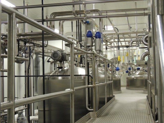 Equipment in Food Plant (Medium)