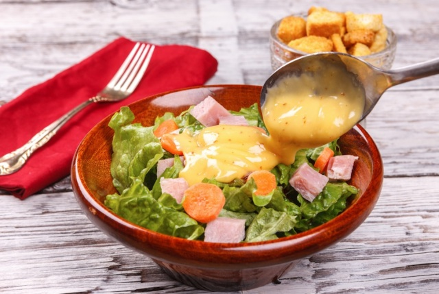 salad dressing_shutterstock_small