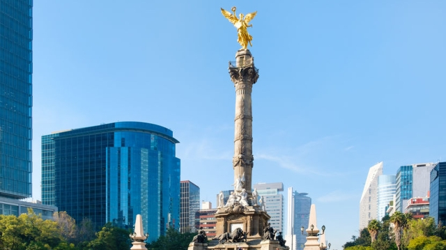 The Angel of Independence and the Paseo de La Reforma in Mexico